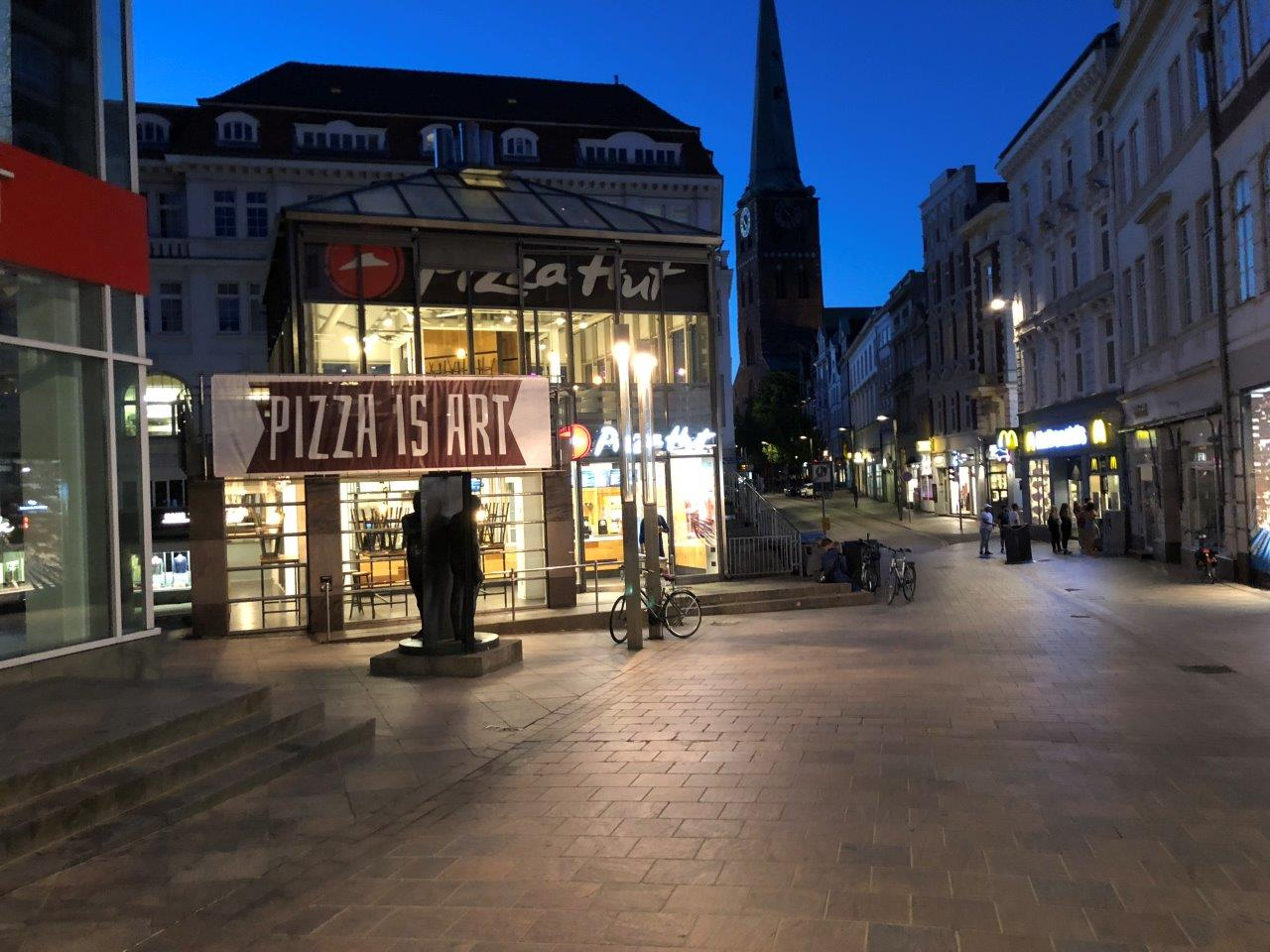 pizza-hut lübeck