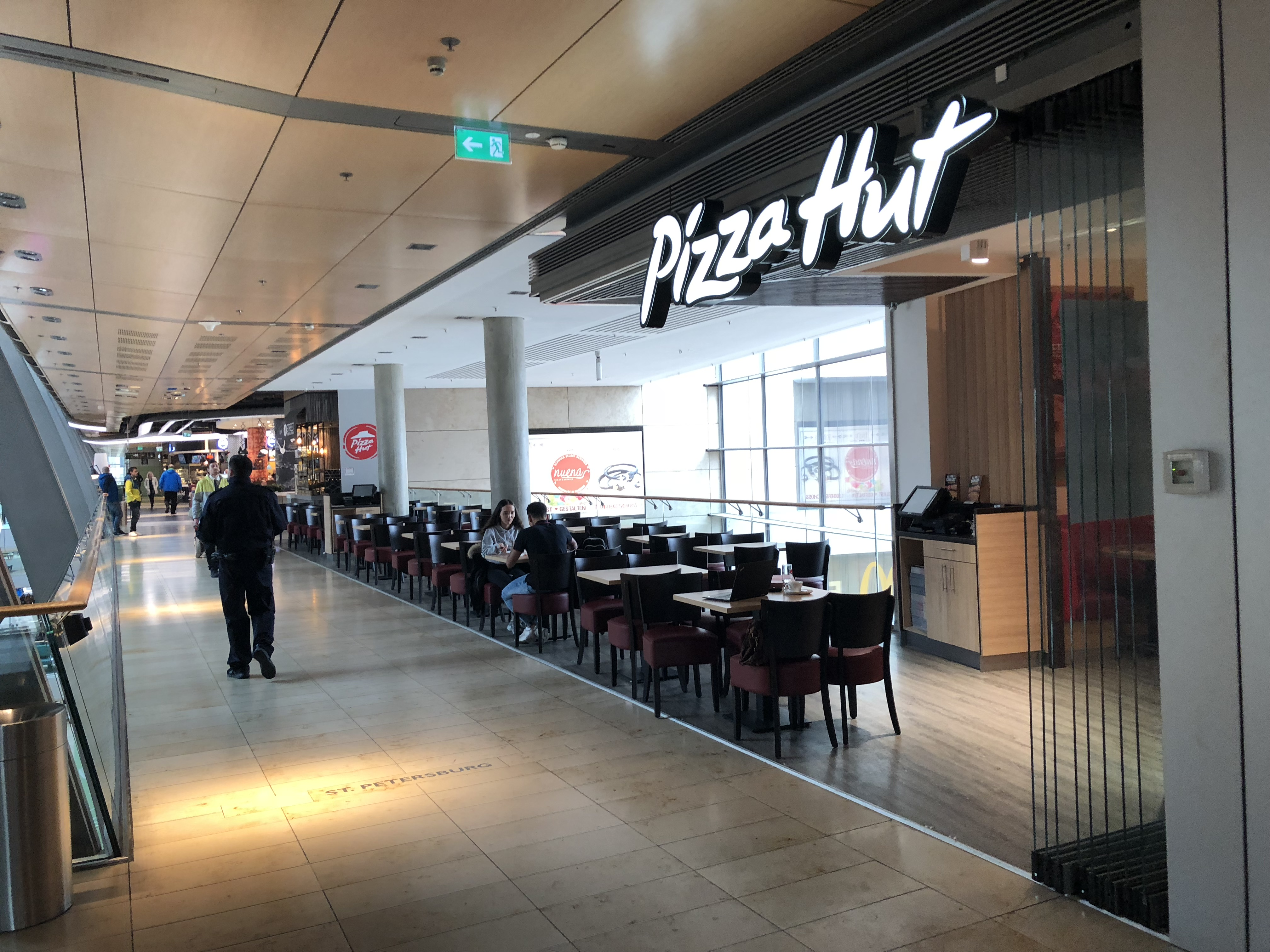 Pizza Hut Restaurants und Express